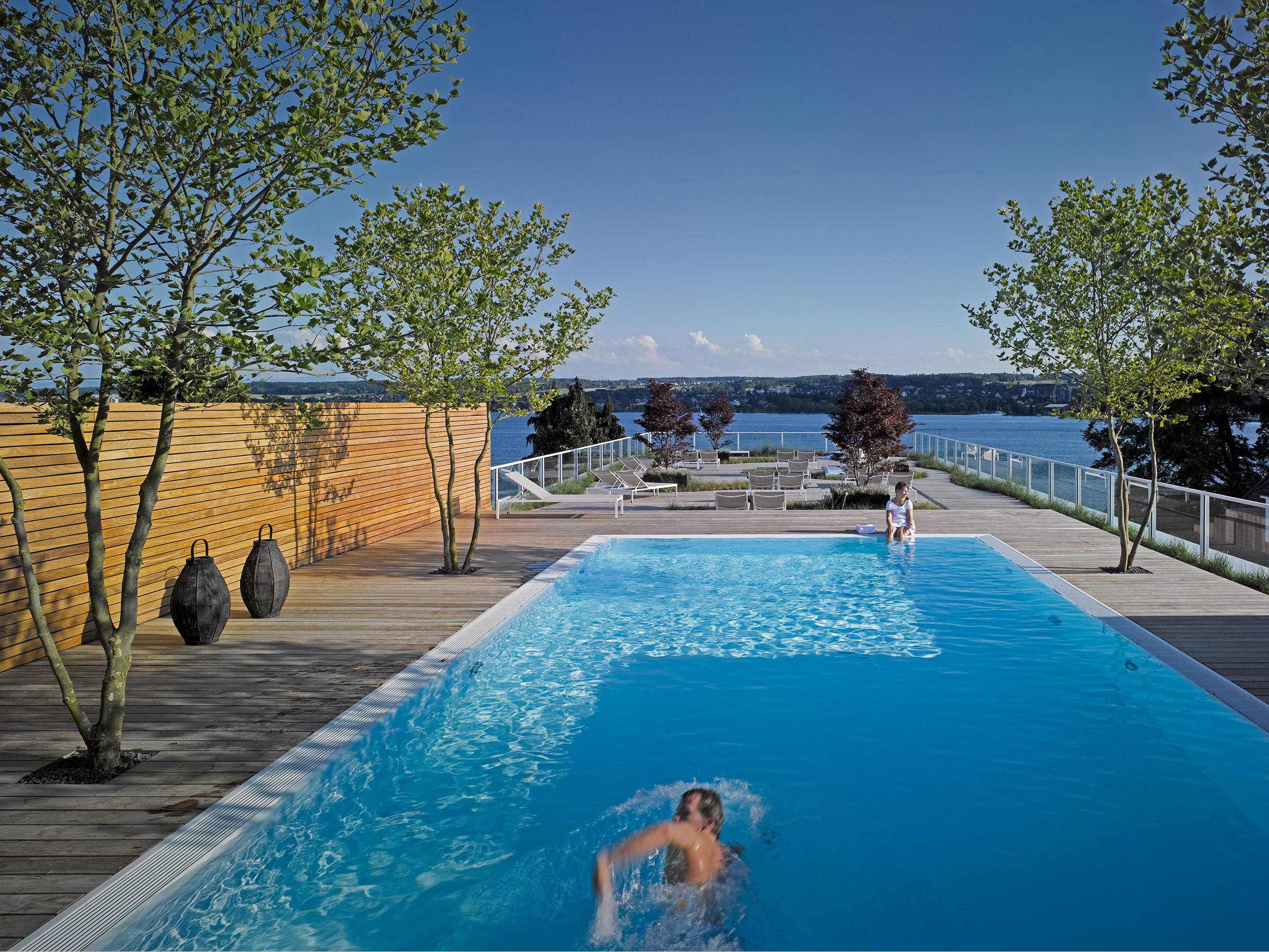 pool deck riva das hotel am bodensee. Black Bedroom Furniture Sets. Home Design Ideas